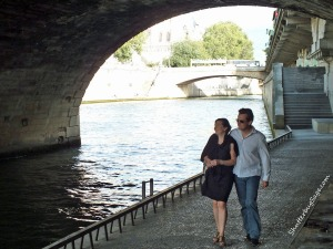 Amour Along the Seine