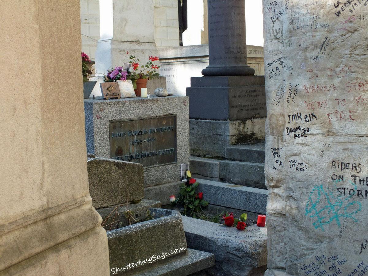 Paris Jim Morrison S Grave At Pere Lachaise Cemetery