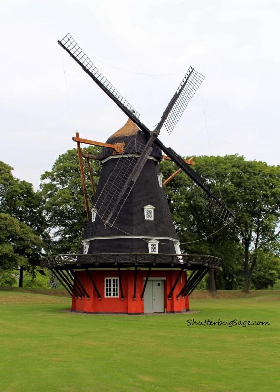 Windmill in Kastellet_edited-1